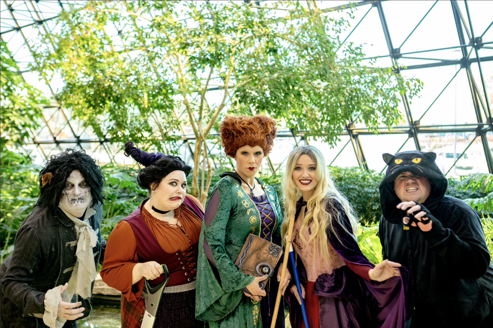 1st Place – The Sanderson Sisters + Binx and Billy Butcherson– Talent Team